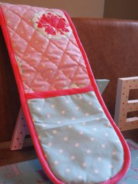 Double Oven Glove with Pink / Blue Spots & Floral Design